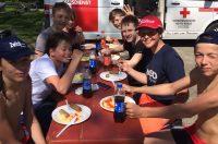 84. Kärntner Ruderregatta - Schüler beim Mittagessen